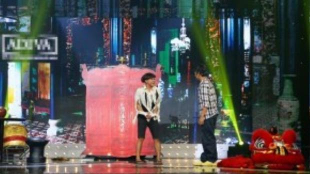 Xuyên suốt chương trình là những màn biểu diễn của thí sinh và không có bất cứ hình ảnh nào của ban giám khảo.