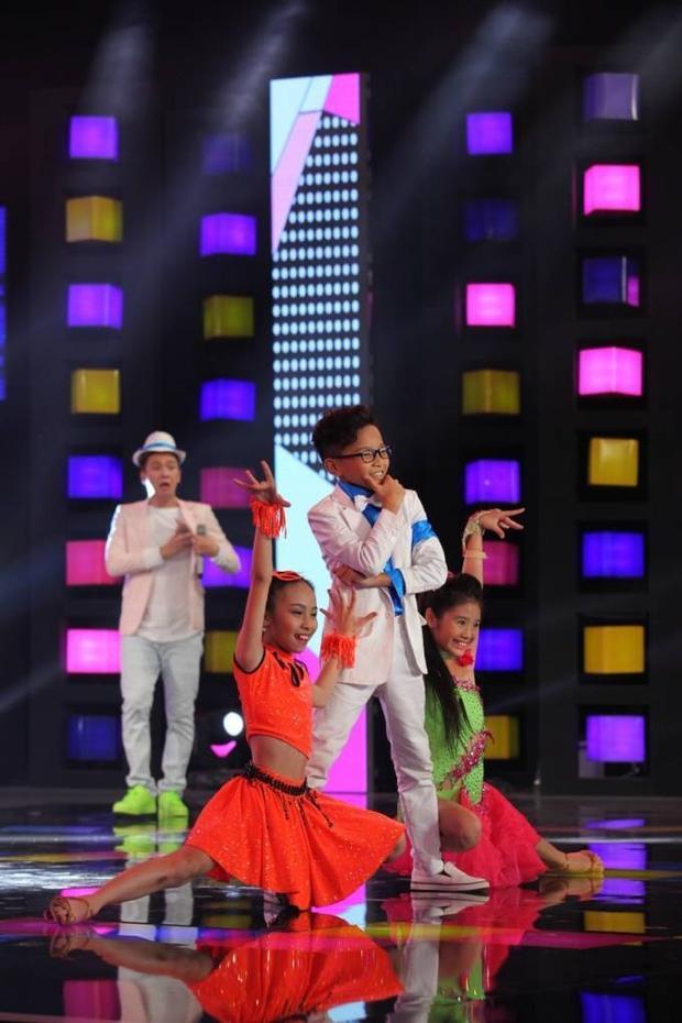 Cẩm Ly và học trò The Voice Kids hội ngộ tại Người hùng tí hon