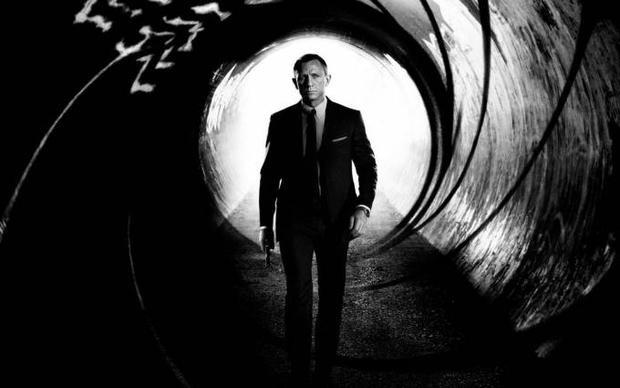 Thế giới vẫn bình yên khi không có James Bond