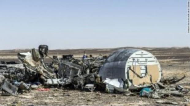 Tất cả các nguồn tin phân tích đều nghiêng về giả thuyết máy bay Metrojet bị đặt bom chứ không phải vụ tai nạn bình thường.