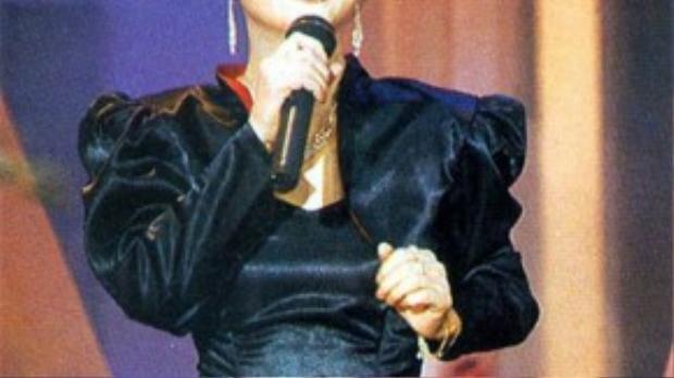 Lý Linh Ngọc không chỉ là diễn viên mà còn được biết đến như ca sĩ tài năng.