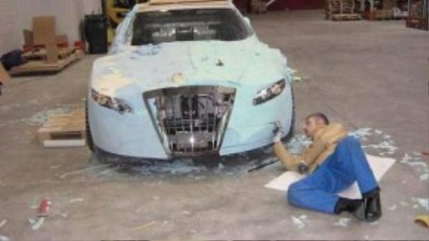Công việc này cần sự chi tiết và tỉ mỉ nhất định. Ai cũng muốn chiếc xe của mình đẹp đẽ, sexy đúng không.
