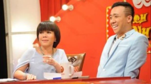 Việt Hương và Trấn Thành bất ngờ khi biết Trọng Hiếu là thí sinh chuyển giới.