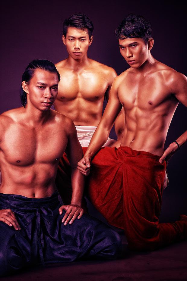 Soi vẻ đẹp khó cưỡng của 3 chàng trai vàng siêu mẫu Việt