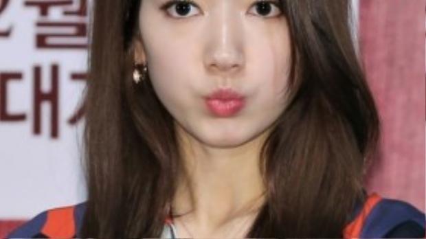 Park Shin Hye mất nhiều sự kiện vì trót hủy ngang sự kiện khi yêu cầu không được đáp ứng.