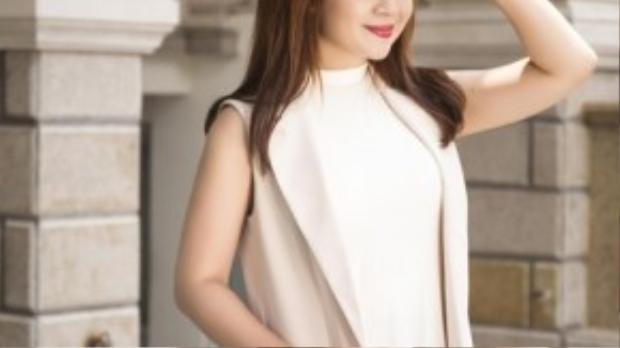 Nữ Giám đốc âm nhạc Lưu Thiên Hương.