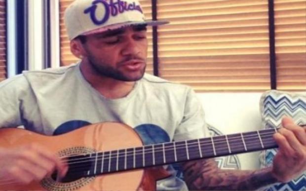 Những cầu thủ chơi nhạc không kém nghệ sĩ thực thụ