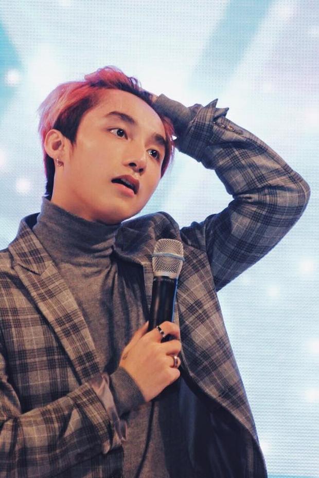 Cộng đồng Sky làm thơ về vẻ siêu đẹp trai của Sơn Tùng