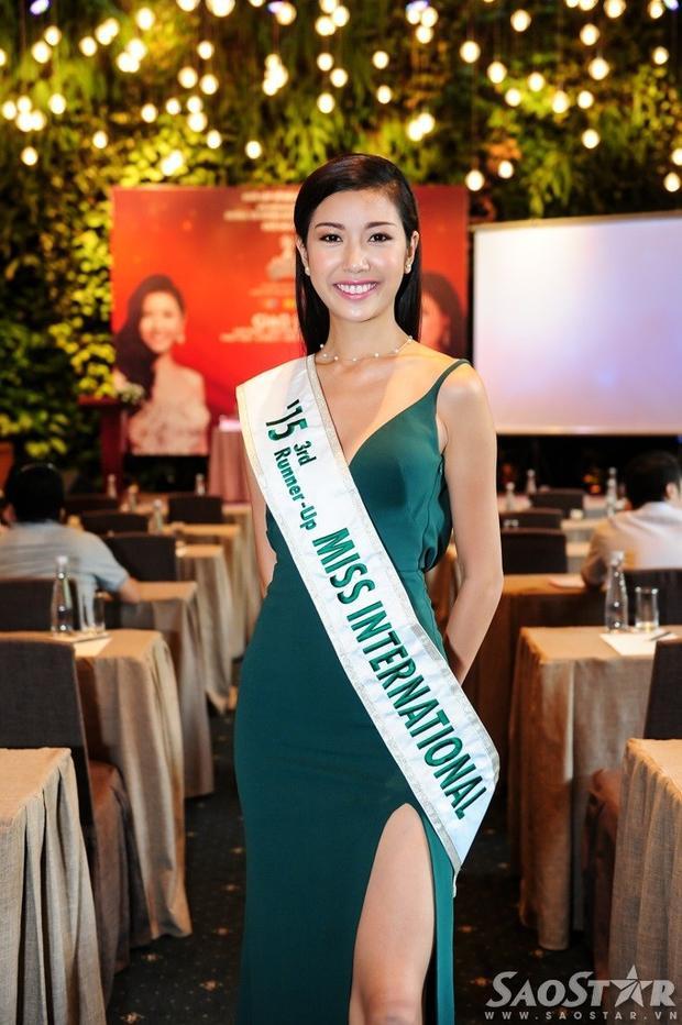 Top 2 Hoa khôi Áo dài mùa đầu tiên ríu rít ngày hội ngộ