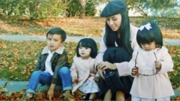 Vớilịch làm việc dày đặc và đi về giữa Mỹ và Việt Nam thường xuyên nhưngMC Huyền Ny vẫn luôn đặt gia đình ở vị trí ưu tiên số một.