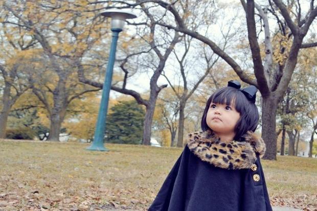 Mẹ con Huyền Ny khoe ảnh đón mùa thu ngọt ngào tại Mỹ