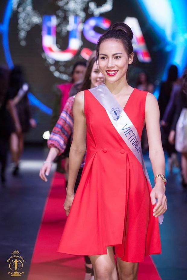 Lệ Quyên bị lạc hành lý khi thi Hoa hậu Siêu quốc gia