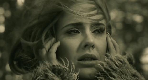 Bí mật sau ca từ buồn rơi nước mắt trong album 25 của Adele