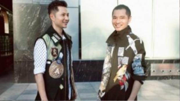 """Giám đốc sáng tạo của L' Officiel Vietnam Dzung Yoko cũng sành điệu không kém trên đường phố với chiếc áo khoác """"hot"""" nhất nhì trong làng thời trang Việt thời gian gần đây."""