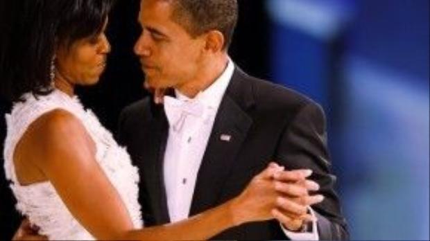 Câu chuyện tình tráng lệ của Obama