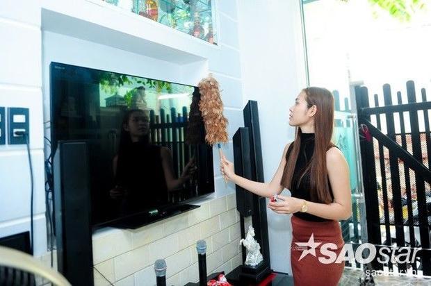 Clip: Tưng bừng rước Tết vào nhà cùng diễn viên Diệp Bảo Ngọc