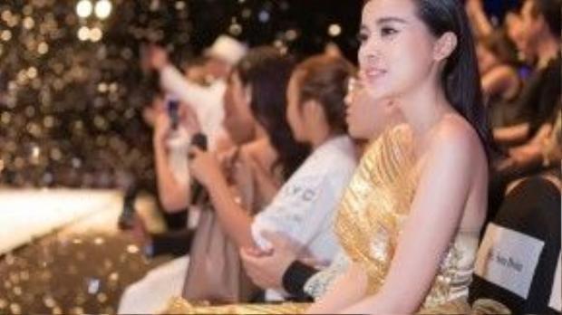 Sắp tới, Cao Thái Hà sẽ đảm nhiệm 2 vai chính trong phim Tơ duyên và Án đỏ đen phát sóng trên kênh VTV1. Hiện tại, cô đang tích cực tập luyện để chuẩn bị qua Tết bấm máy phim Mật danh rocker.