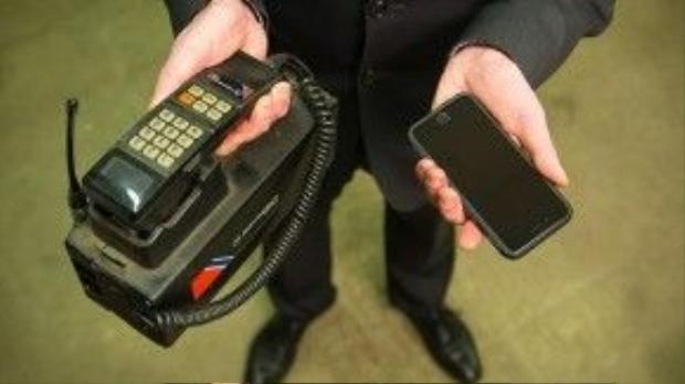 Có những chiếc điện thoại thuộc hàng cổ lỗ sĩ đã bị bỏ rơi từ rất nhiều năm nay rồi.