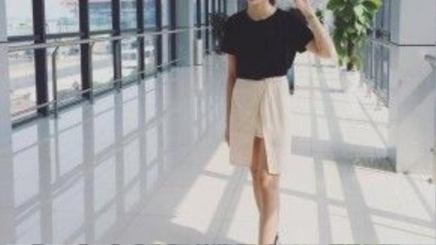 """Hạnh Mai là một cô gái cá tính và có style ăn mặc rất """"chất"""""""