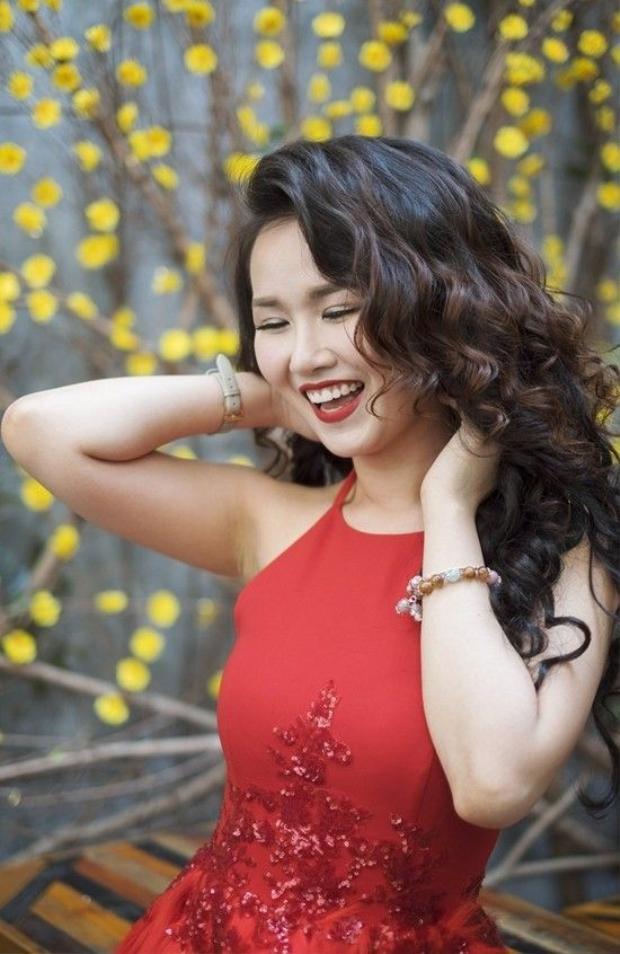 Võ Hạ Trâm pha trộn pop và EDM trong MV mới