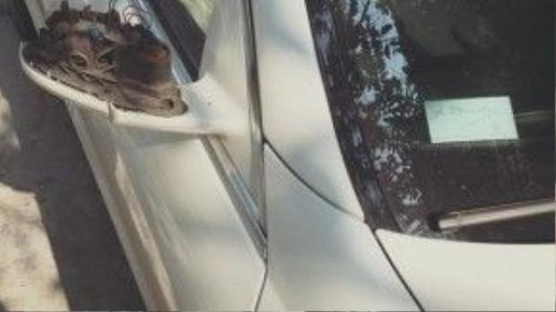 """Chiếc Mercedes-Benz S550 AMG bị """"vặt gương"""" ngoại thất. Ảnh: Tô Anh Chiến/Otofun"""