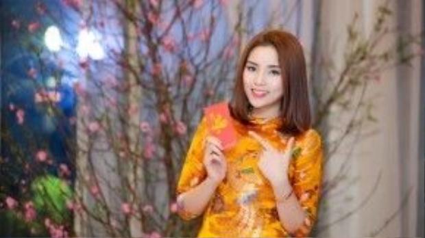 Còn hoa hậu Việt Nam 2014 Nguyễn Cao Kỳ Duyên tiết lộ năm nay cô sẽ đi thăm đền Trần nổi tiếng của Nam Định, sau đó sẽ đi chợ Viềng…