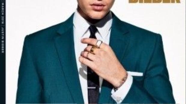 Xuyên suốt bộ ảnh, những trang phục mà Justin mặc thuộc các thương hiệu đắt đỏ như Ralph Lauren, Burberry, Saint Laurent, Gucci, Prada … mang phong cách lịch lãm, thời thượng xen lẫn cổ điển.