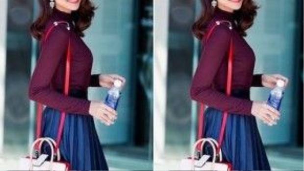 Áo thun cao cổ, chân váy xếp ly và túi đeo vai là style hấp dẫn đối với mọi cô gái khi đi hẹn hò cùng chàng.