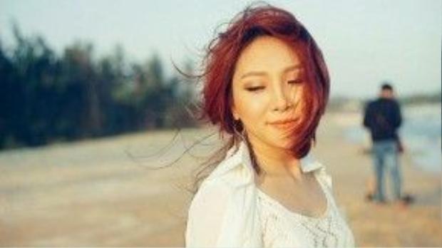 """Chỉ là quá khứ, ca khúc Thu Thủy lựa chọn thực hiện MV lần này làmột trong những """"đứa con tinh thần"""" của cô."""