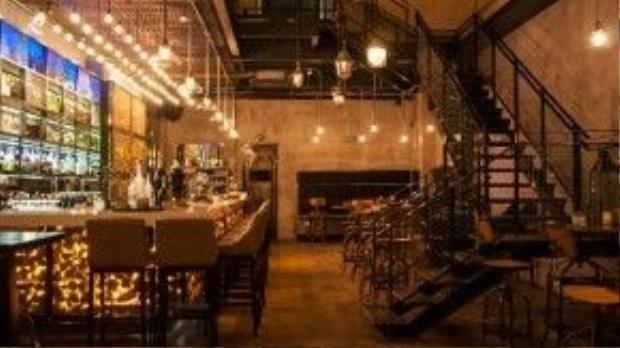 Không gian cuốn hút của Urban Kitchen + Bar. Ảnh: saigoneer