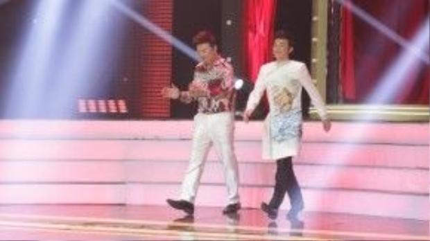 Hoài Linh và Chí Tài tiếp tục đảm nhận vai trò giám khảo trong đêm chung kết.