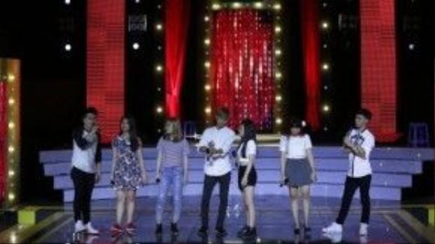 Các thí sinh trong top 15 cũng sẽ có phần biễu diễn trong đêm chung kết này.
