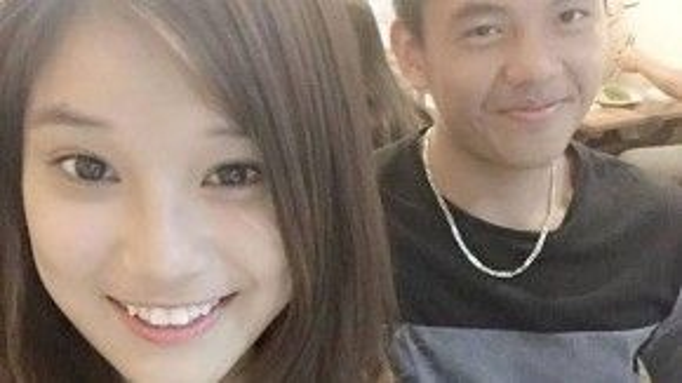 """Cách đây vài tháng, Lý Hoàng Nam đăng bức ảnh lên với nội dung: """"Gặp nhau cái rồi đi nào =)))))))"""" Đây có vẻ như là thời điểm cả hai bắt đầu hẹn hò"""