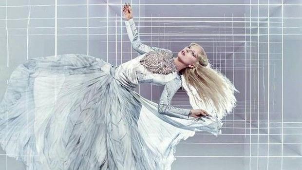 Adele, Lady Gaga hay Taylor Swift sẽ lên ngôi nữ hoàng Grammy 2016?