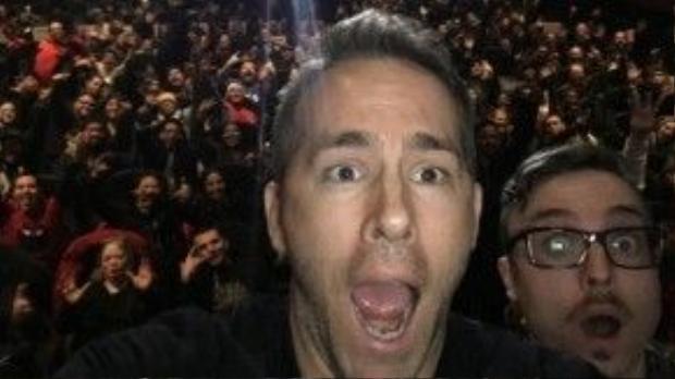 """Một số fan may mắn được """"lừa"""" đến xem một đoạn phim, nhưng thay vì thế, họ được xem cả phim sớm hơn hầu hết khán giả khác và lại còn được gặp diễn viên Ryan Reynolds - người thủ vai Deadpool."""
