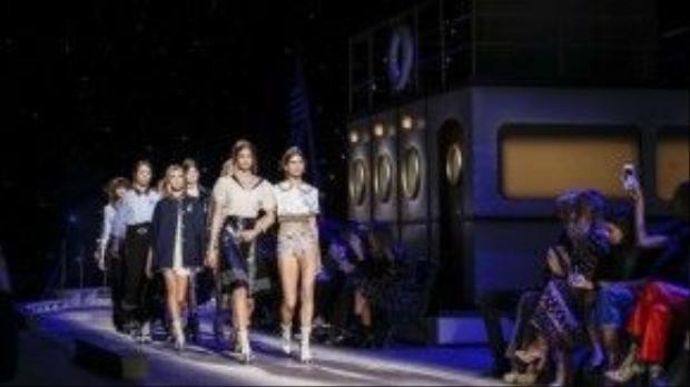 BST hứa hẹn sẽ mang đến một mùa Thu/đông thật trendy đối với những ai đam mê thời trang.