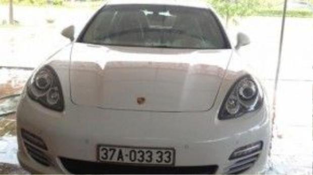 Chiếc Porsche Panamera 4S biển siêu đẹp của đại gia kim cương.