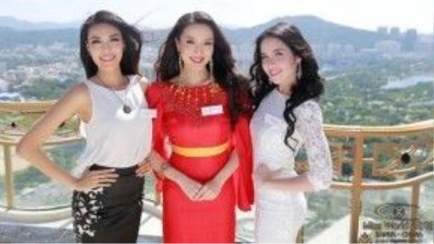 Một số hình ảnh khác của đại diện Việt Nam tại Miss World 2015.
