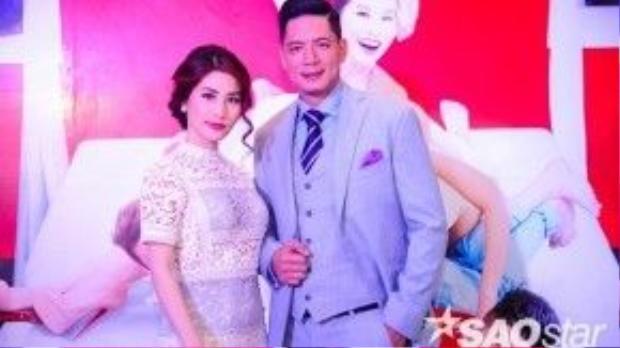 Tại buổi họp báo ra mắt phim, Diễm My đều chọn 2 thiết kế váy màu trắng của Lâm Gia Khang.