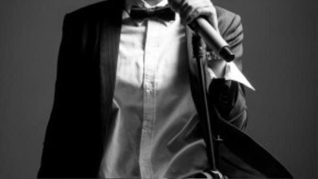 """Vicky Nhung đã từng làm BKG Đàm Vĩnh Hưng rơi lệ, Vicky Nhung quyết định dừng lại và nhường 25% số điểm của mình cho Tố Ny vào bán kết The Voice 2015. Cô ca sĩ cá tính mạnh với tố chất """"manly"""" không lẫn vào ai được, đang thành công với những bản ballad làm lay động giới trẻ."""