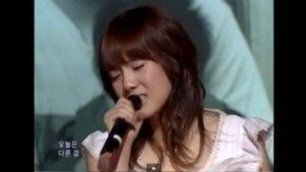 Taeyeon đã có những cảm xúc vô cùng đặc biệt trong phần trình diễn của mình.