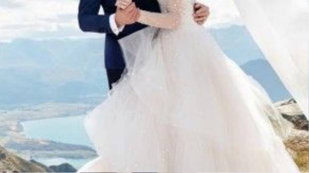 Ngô Kỳ Long và Lưu Thi Thi tình cảm trong loạt ảnh cưới.