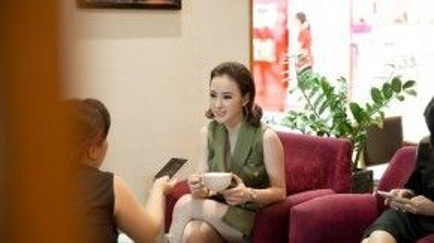 Sau khi bộ phim Taxi, em tên gì? ra mắt tại các cụm rạp, Angela Phương Trinh nhận được nhiều lời khen ngợi về vai diễn trong phim.