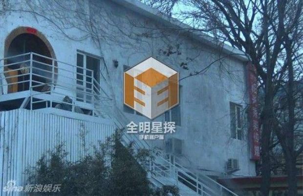 Dispatch Trung Quốc tung ảnh Bạch Lạc Nhân (Ngụy Châu) qua đêm cùng nữ tác giả Thượng ẩn