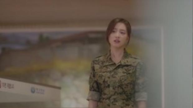 Myung Joo dù cá tính, mạnh mẽ đến đâu, khi ẩn mình trong bộ quân phục thì trong tình yêu cô cũng như bao người khác, luôn khao khát tìm được hạnh phúc cho mình.