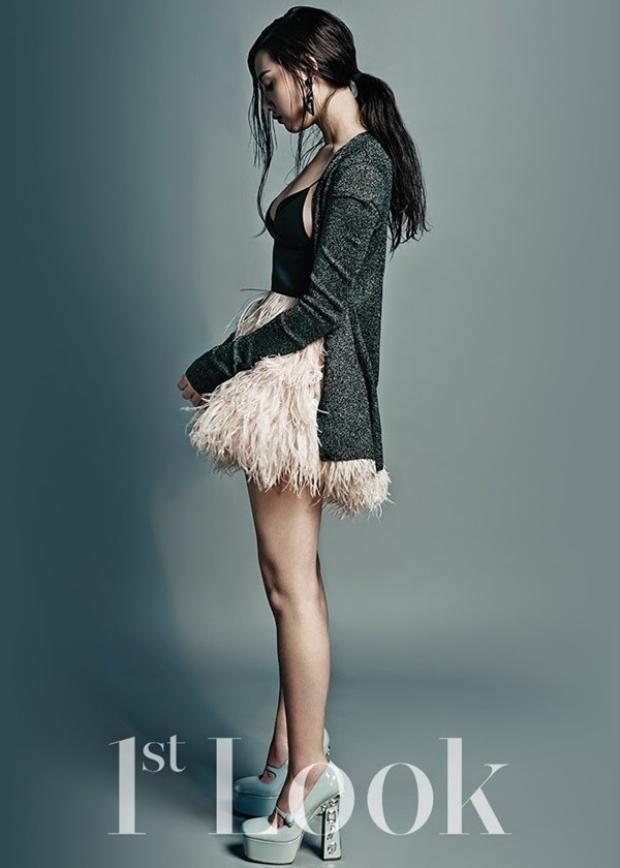 Chỉ là mặc quân phục, Myung Joo có cần phải đẹp đến thế?