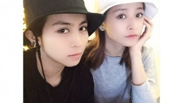Nhìn vào tấm ảnh này, Chi Pu và Gil Lê như hai anh em sinh đôi.