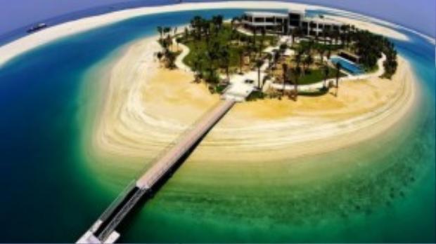 """Cận cảnh một hòn đảo nhân tạo """"made in Dubai""""."""