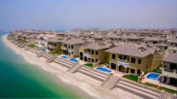Hàng loạt căn hộ cao cấp mọc lên như nấm sau mưa trên các đảo nhân tạo.