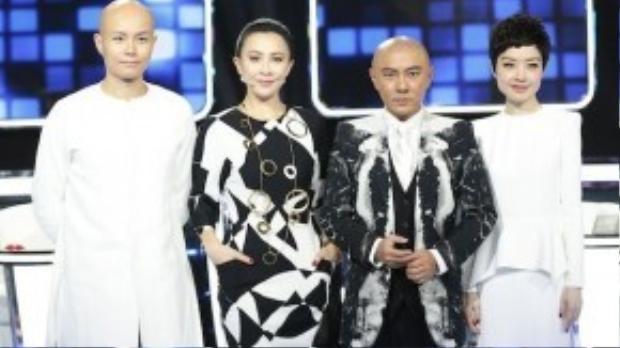 Bốn giáo viên hướng dẫn của mùa một: Nhạc Gia, Lưu Gia Linh, Trương Vệ Kiện, Trần Lỗ Dự (từ trái qua phải).